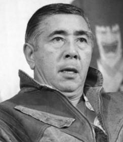 富三郎 若山 若山富三郎…死因となった心筋梗塞を勝新太郎が看取る