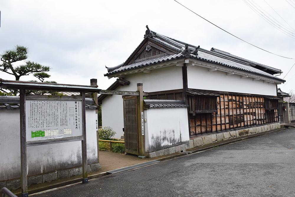 桜満開の赤穂城を歩く。 その1 「大手門~武家屋敷跡」_e0158128_14481281.jpg