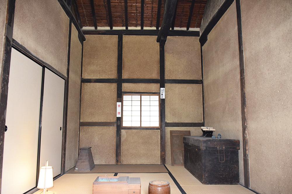桜満開の赤穂城を歩く。 その1 「大手門~武家屋敷跡」_e0158128_14560263.jpg