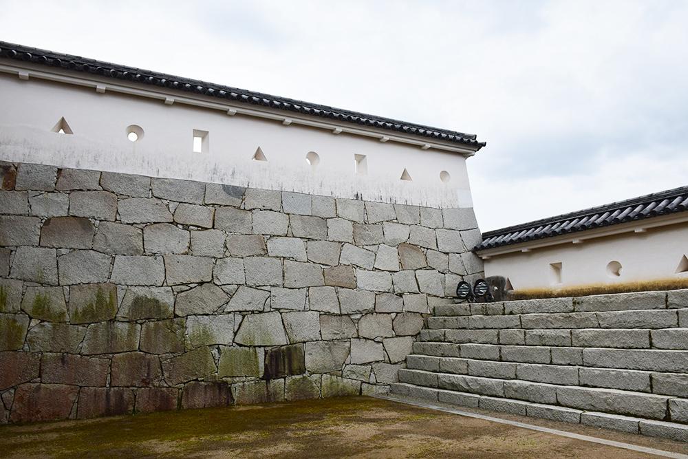 桜満開の赤穂城を歩く。 その3 「本丸」_e0158128_16335922.jpg