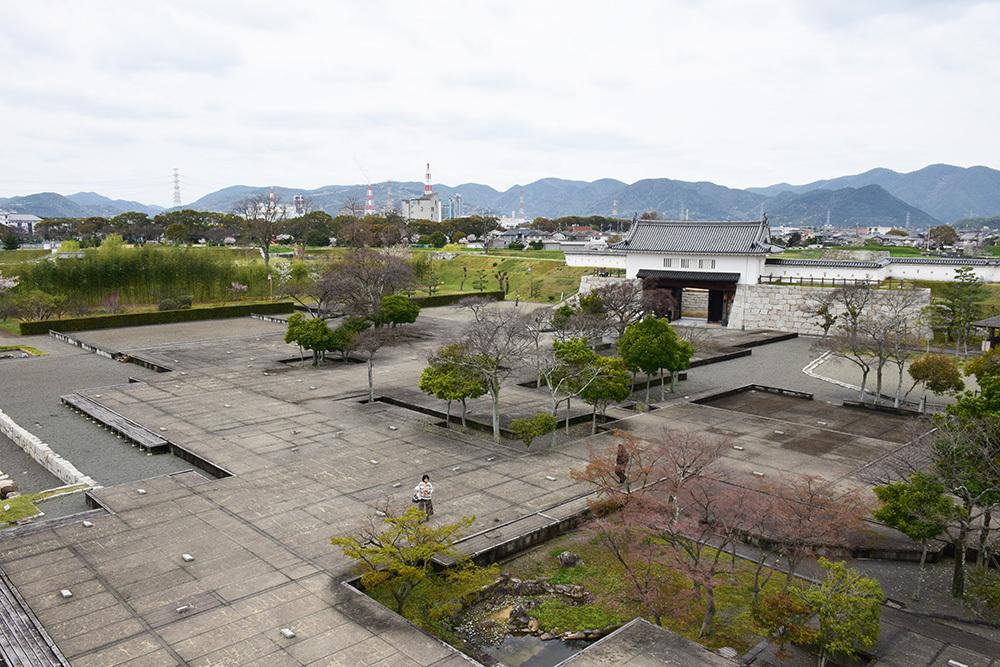 桜満開の赤穂城を歩く。 その3 「本丸」_e0158128_17254302.jpg