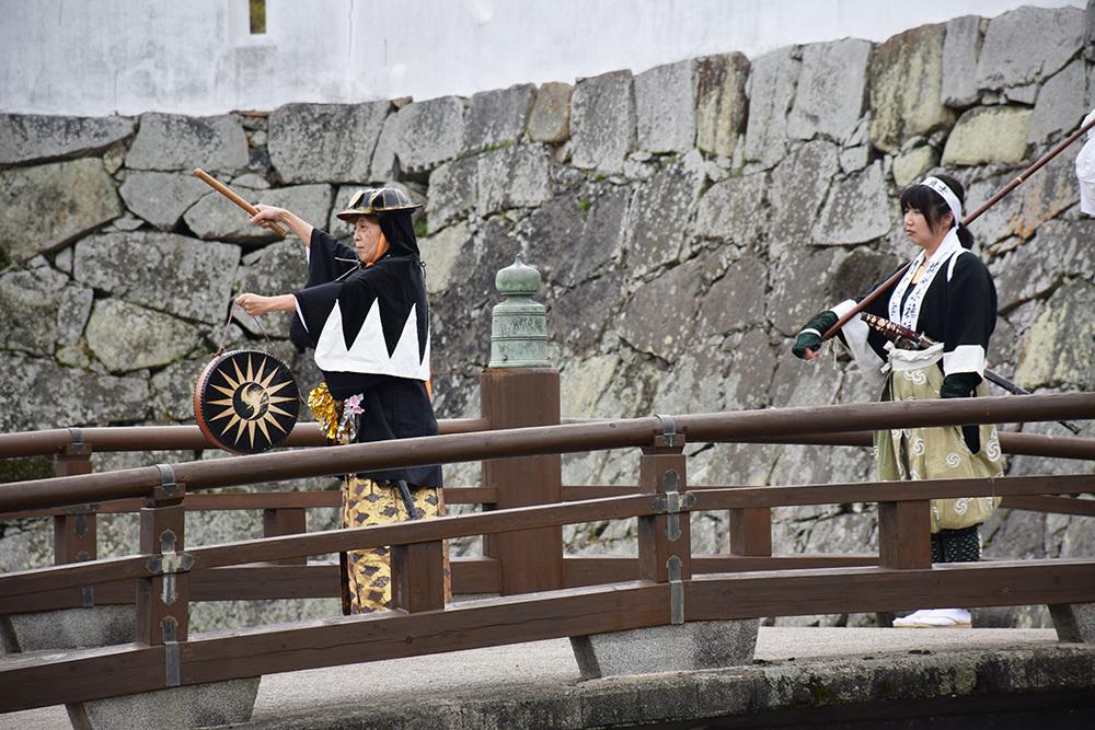 桜満開の赤穂城を歩く。 その5 「水手門、塩屋門」_e0158128_19330931.jpg