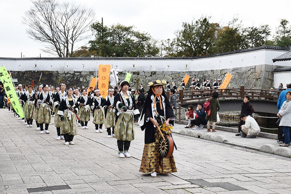 桜満開の赤穂城を歩く。 その5 「水手門、塩屋門」_e0158128_19331900.jpg