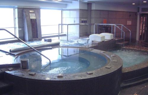 横浜のお風呂屋とホルモン屋_c0217931_20125332.png