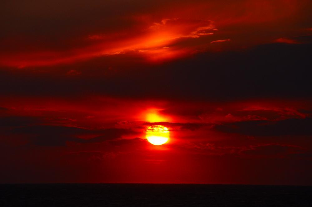 3つ重ねの太陽_c0059854_13173636.jpg