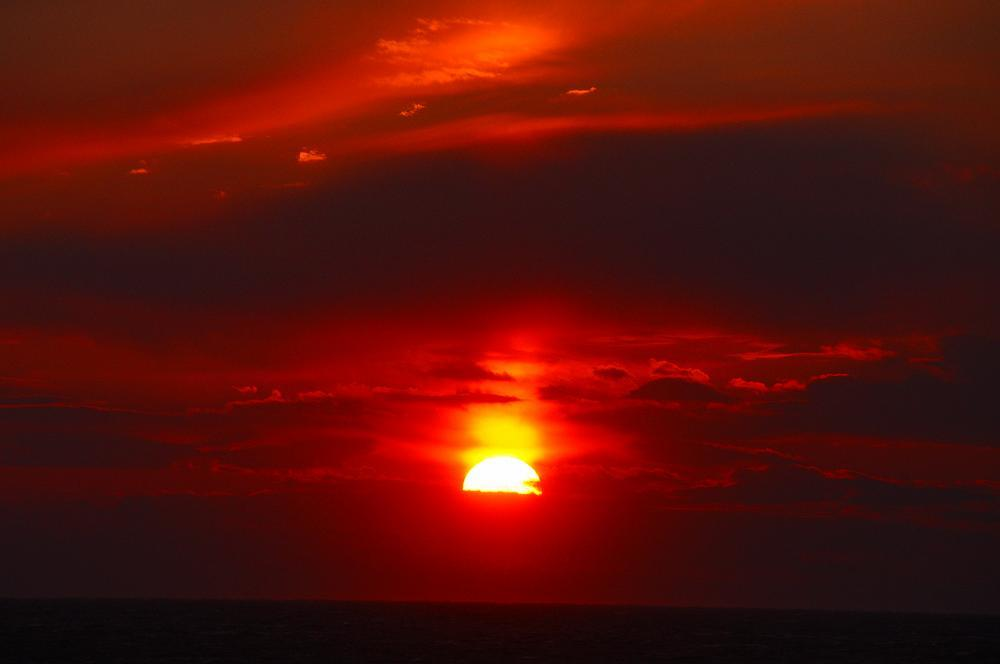 3つ重ねの太陽_c0059854_13174397.jpg