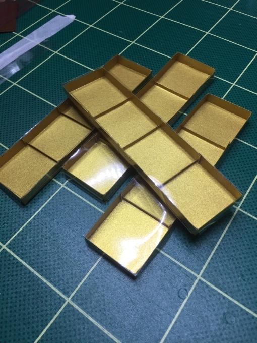 4個入り刺繍チョコ箱寸法_e0385587_12494319.jpeg