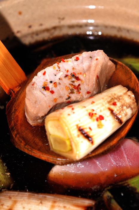 メシ通『魚介を使った簡単レシピ』 ☆ 葱鮪鍋!ねぎま鍋のススメ!_d0069838_07594781.jpg
