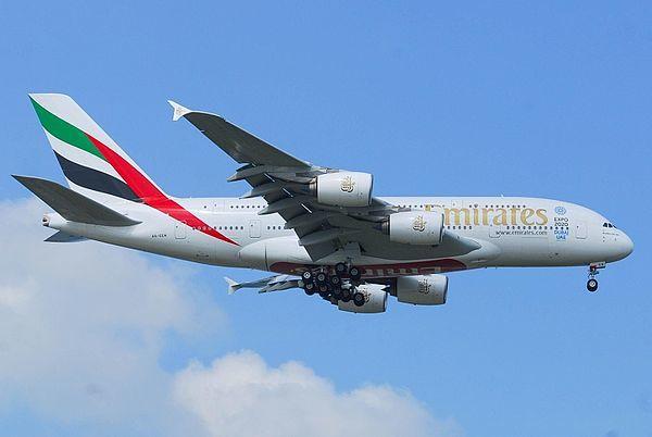フライトシリーズ 『エアバスがA380生産打ち切りも、エミレーツが注文機種変更を検討』_b0011584_09173722.jpg