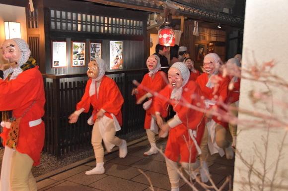 祇園のお化け、ひょっとこ踊り_f0347663_12223638.jpg