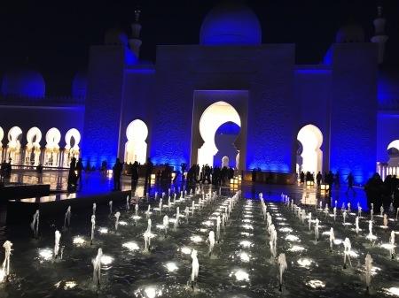 UAEを訪れて感じた全て(最終回)_a0136671_03592977.jpg