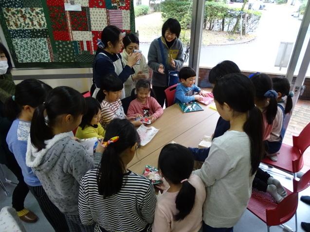 お菓子の家_e0317274_18565927.jpg