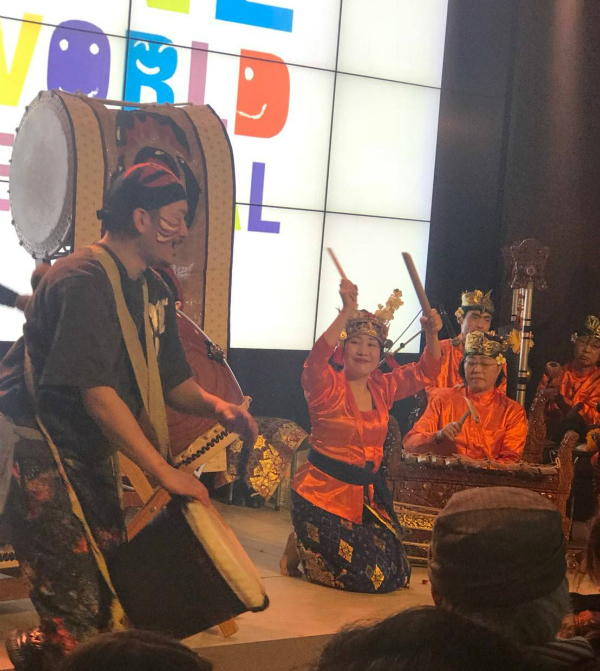 第26回ワンワールドフェスティバルに出演しました。_e0017689_23335278.jpg