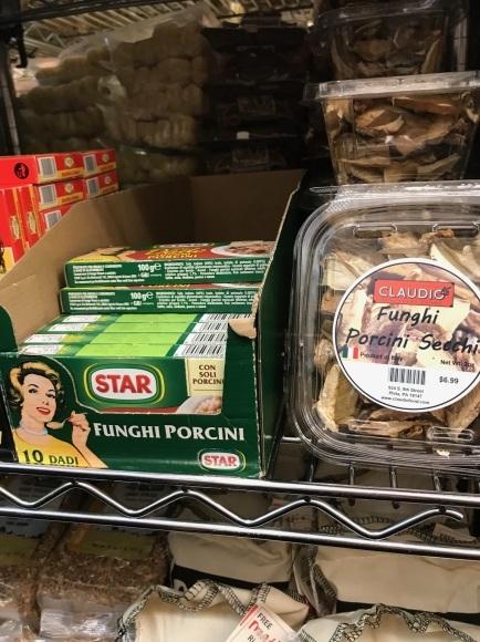 週末のお買物は、イタリアンマーケットで_d0269832_23140467.jpeg