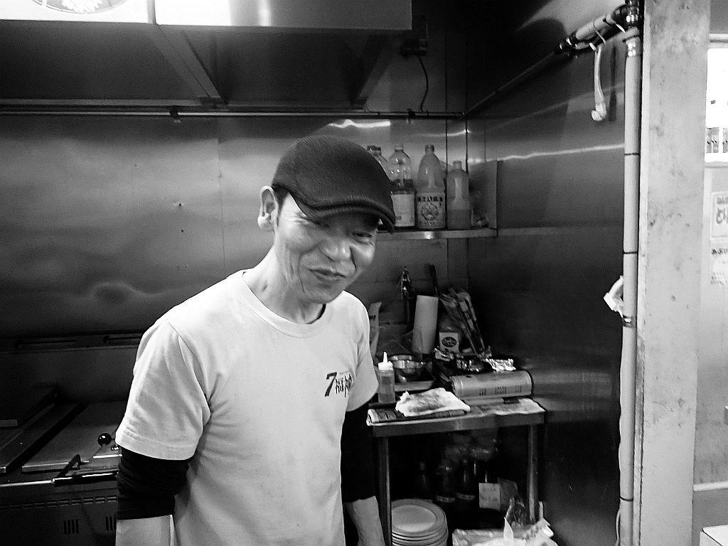 森町「7福神」でつけ麺Black_e0220163_12515078.jpg