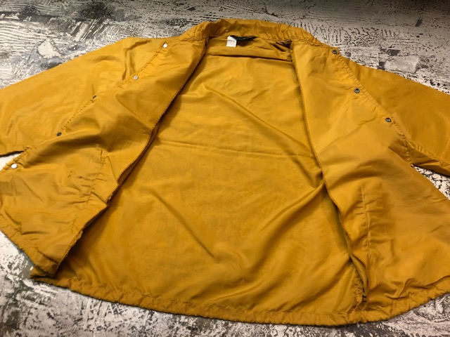 2月9日(土)大阪店ラボ入荷!!#2 Athletic Sports編!!70\'s Champion RunningMan Nylon Coach JKT!!(大阪アメ村店)_c0078587_1505139.jpg
