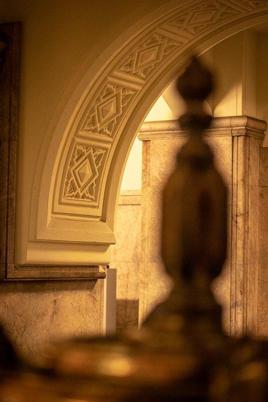 古き市役所に棲む光蜥蜴_d0353489_17483367.jpg