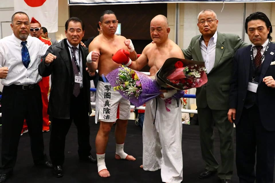 吉倉社長から、村上祭りの「竹山選手還暦祝い、引退セレモニー」の写真を送って頂きました。_c0186691_10140800.jpg