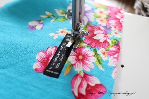 仕上がりがきれいな『アクセントタグ』の縫い付け方(コットンタイム3月号掲載)_f0023333_21413285.jpg