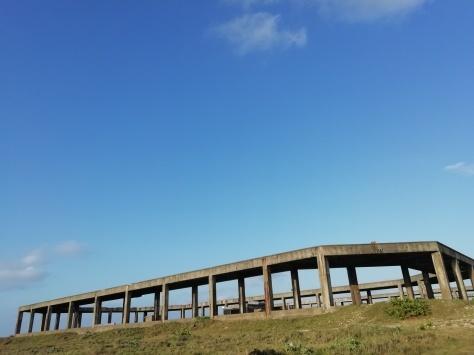 2月7日 とーるのお散歩コース② 夕日が見える丘→久部良バリ→塩工場跡地_b0158746_22304364.jpg