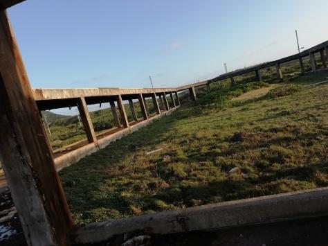 2月7日 とーるのお散歩コース② 夕日が見える丘→久部良バリ→塩工場跡地_b0158746_22310884.jpg