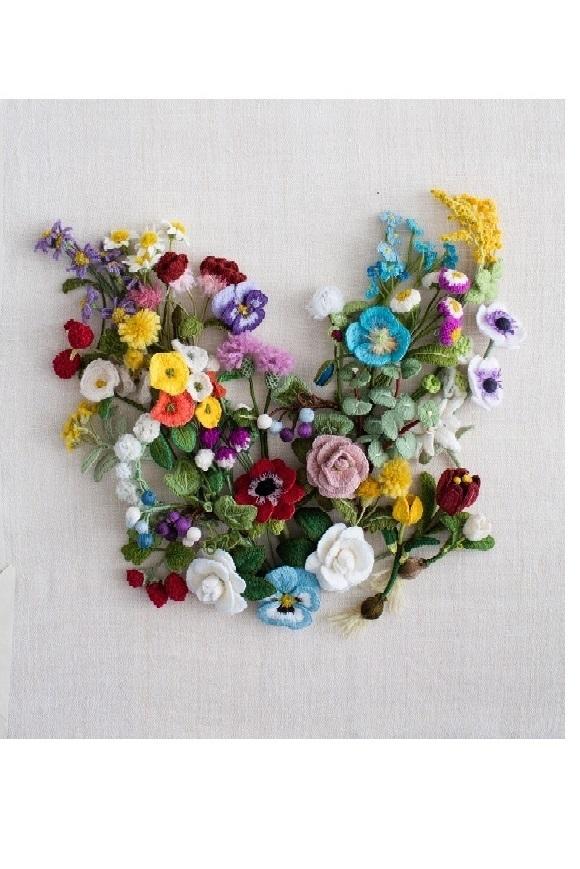 文化出版『ウール刺繍で作る立体の花々』出版記念展rが終わりました。_a0122148_19530546.jpg