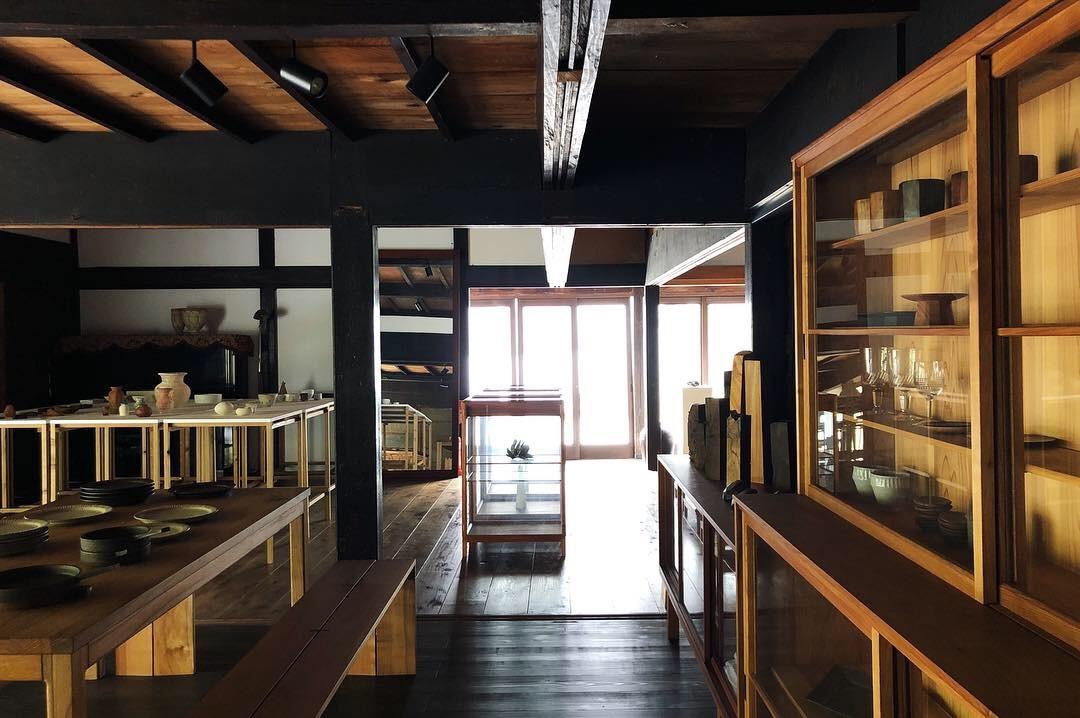2月のgallery&cafeの営業日のお知らせ _e0241305_18044844.jpg