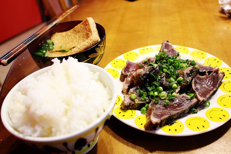 藁焼き塩タタキ定食。_a0139912_18135684.jpg