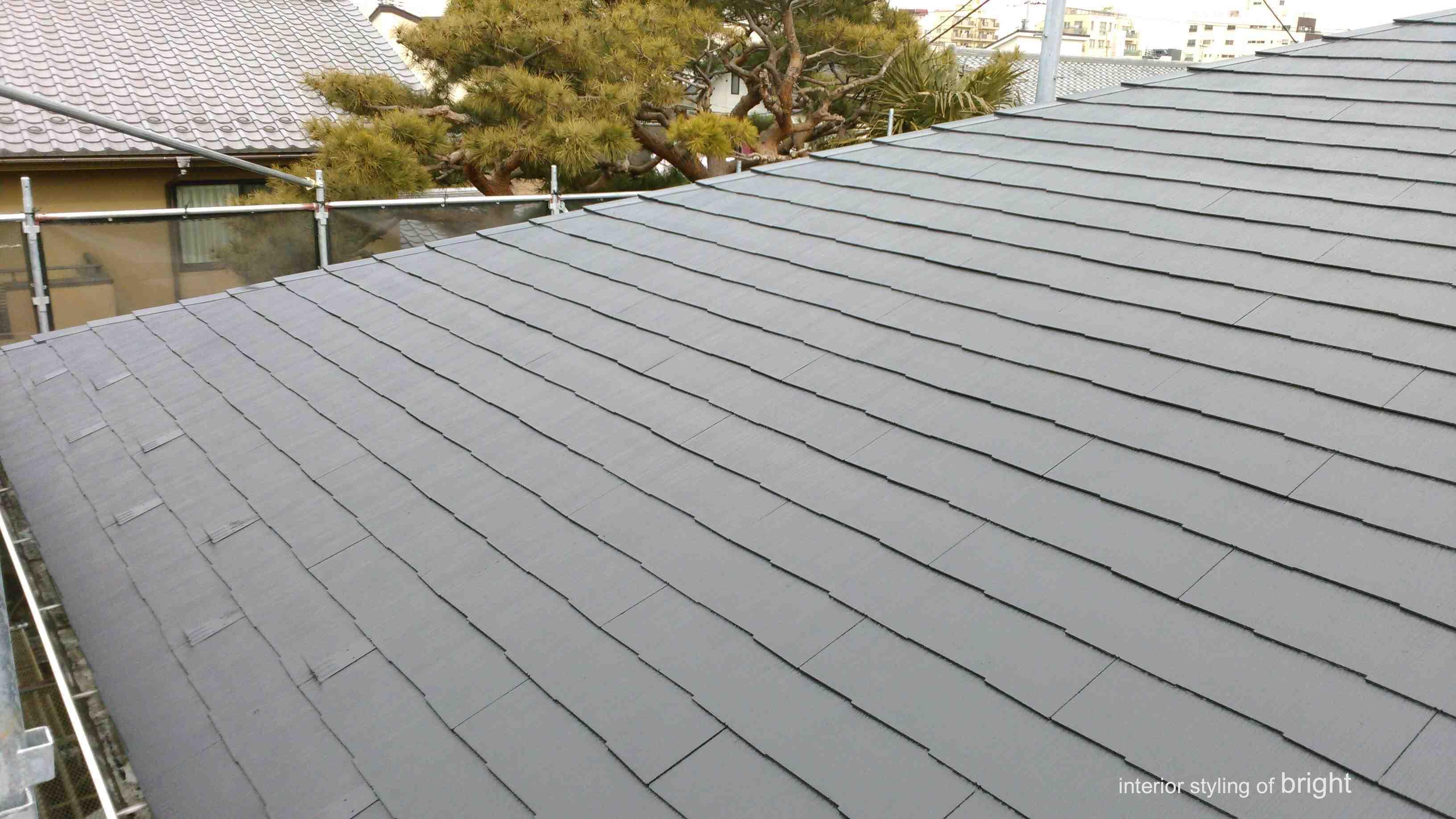 屋根外壁塗装 高圧洗浄と屋根塗装 オーダーカーテン・輸入壁紙のブライト_c0157866_14563824.jpg