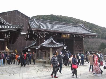 日本滞在 4 - 清水から三十三軒堂へそして大阪 -_a0280569_132818.jpg