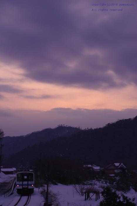 雪の日の夕映え_d0309612_22245744.jpg