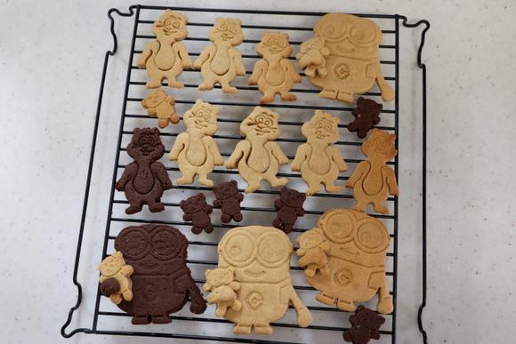 ミニオン・ボブとティムのクッキー_e0234741_21350052.jpg