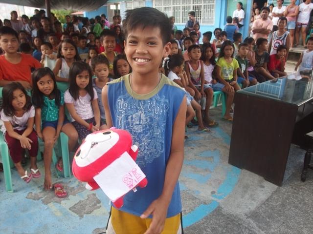 2018年フィリピン マリンドォケ島3地域 友好支援配布イベントのご報告_e0135675_13141887.jpg