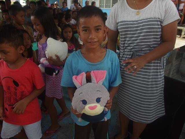 2018年フィリピン マリンドォケ島3地域 友好支援配布イベントのご報告_e0135675_13141987.jpg