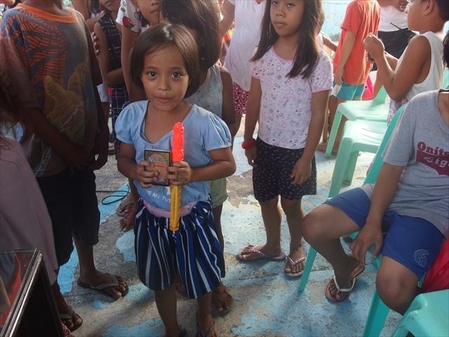 2018年フィリピン マリンドォケ島3地域 友好支援配布イベントのご報告_e0135675_13202081.jpg