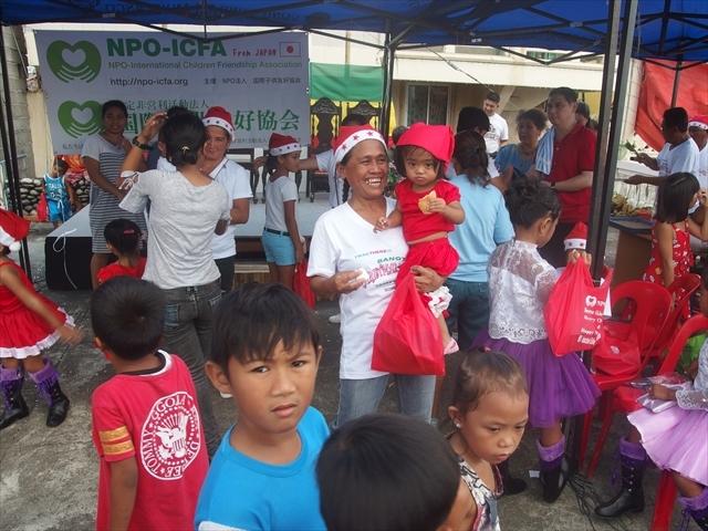 2018年フィリピン マリンドォケ島3地域 友好支援配布イベントのご報告_e0135675_13270485.jpg