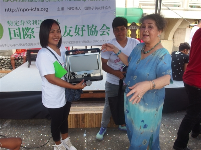 2018年フィリピン マリンドォケ島3地域 友好支援配布イベントのご報告_e0135675_13285057.jpg