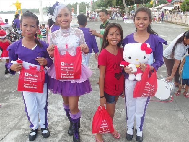 2018年フィリピン マリンドォケ島3地域 友好支援配布イベントのご報告_e0135675_13285102.jpg