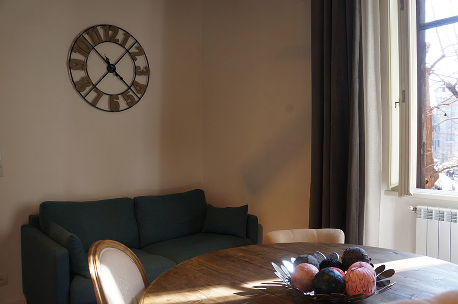 ローマのアパートあれこれ_f0106597_06584284.jpg