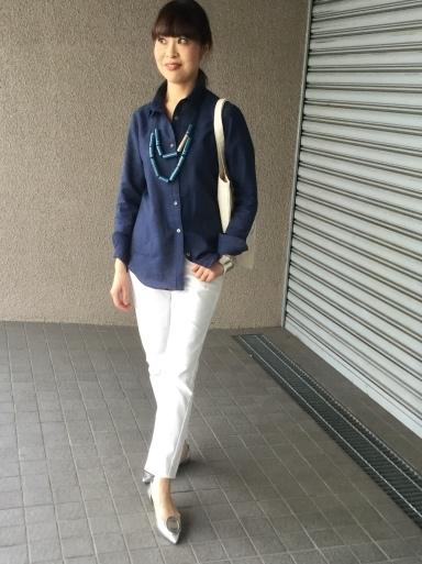 「麻シャツのネイビー」をどう着る?…②_b0210699_22093791.jpeg