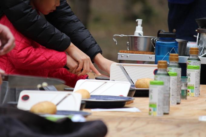 焚き火で作る簡単スキレット料理のワークショップが無事に終わりました!_e0149215_21234918.jpg