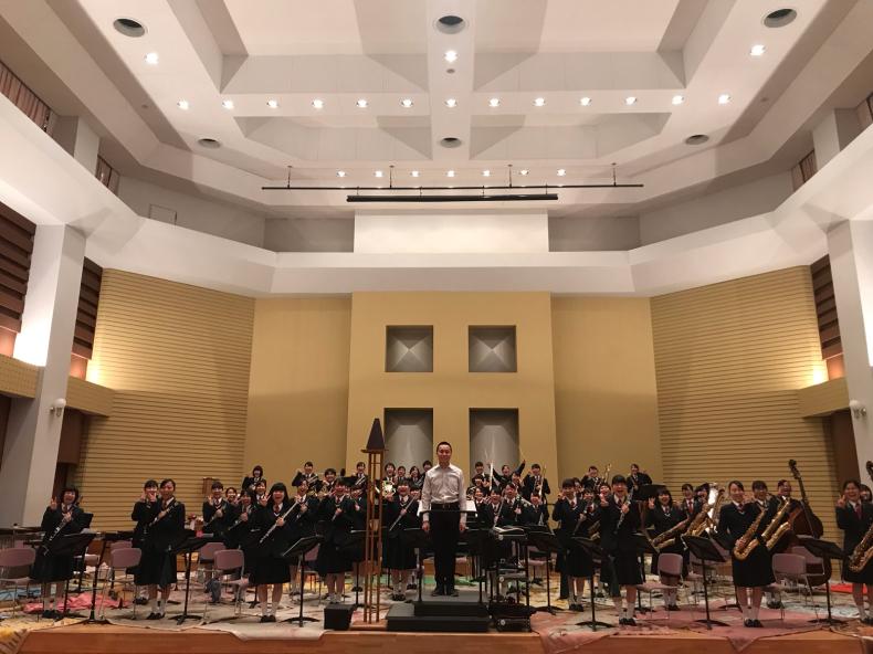 今日は、岡山県高等学校吹奏楽連盟主催による指導者講習会が、本校おんじホールで開催されました!_d0016622_19540020.jpg