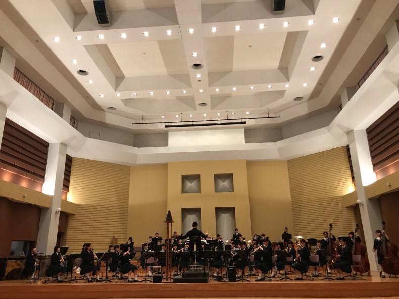 今日は、岡山県高等学校吹奏楽連盟主催による指導者講習会が、本校おんじホールで開催されました!_d0016622_19543816.jpg