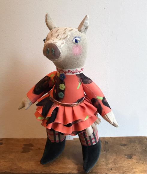 IRIIRIさんの春の装いのイノシシ 2.10 cocoa news_a0043747_17164986.jpg