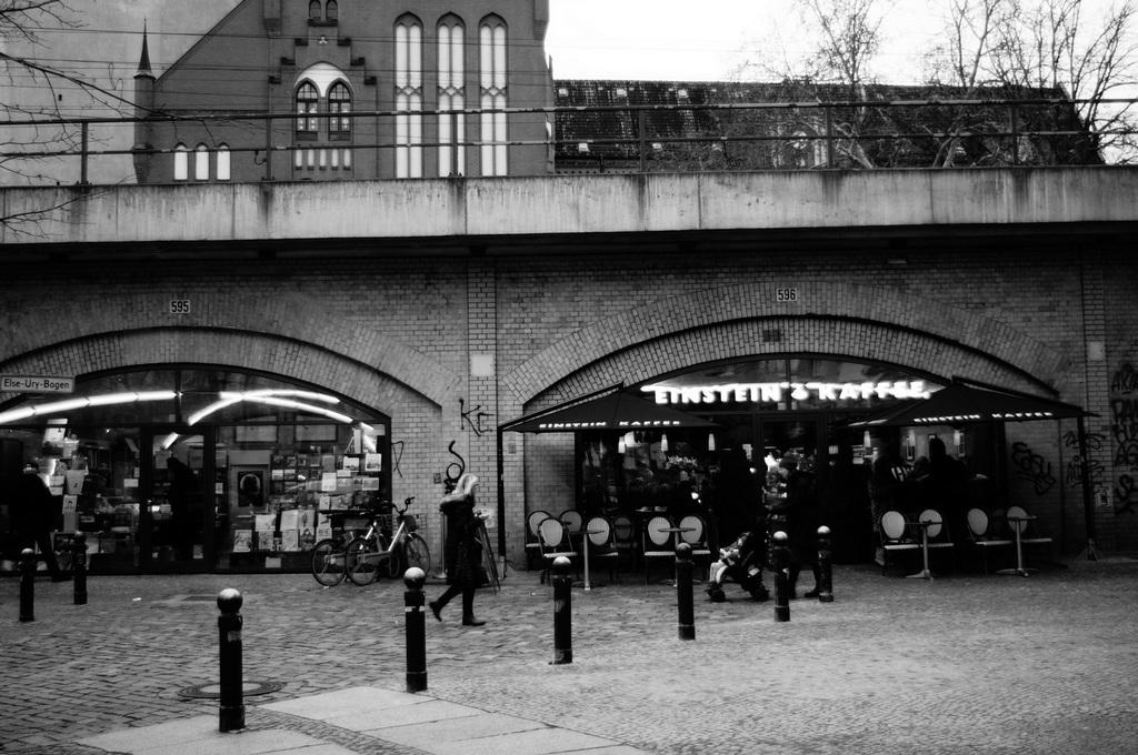 ベルリンSavigny広場界隈_c0180686_21395702.jpg