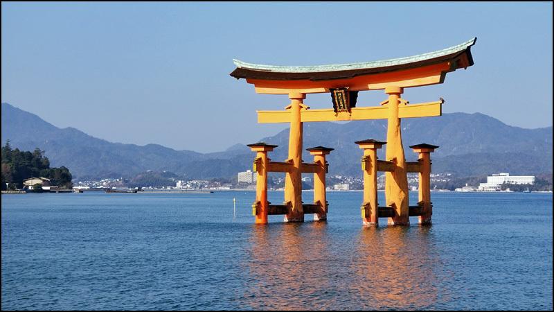 厳島神社_b0019313_16015765.jpg
