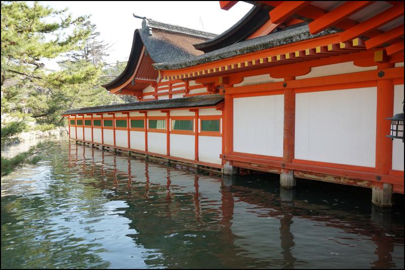 厳島神社_b0019313_16043262.jpg