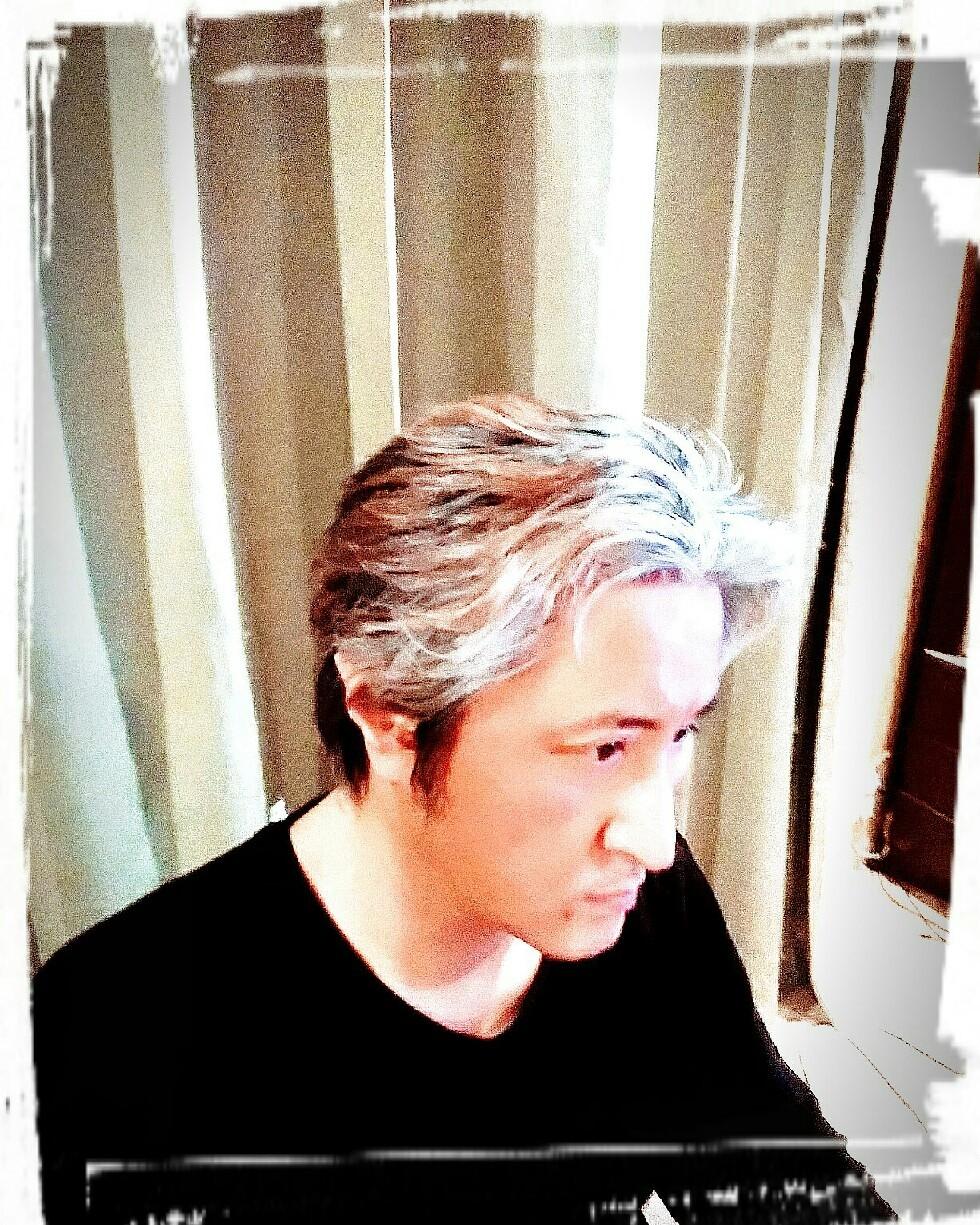 髪をバッサリ切ってす..._e0128485_21341059.jpg
