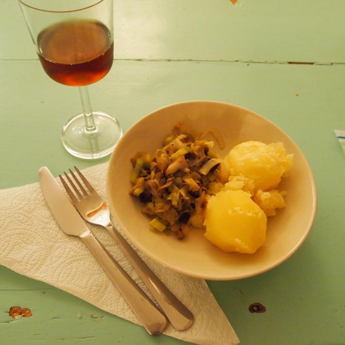 マルシェで買い物して料理をする_b0378101_16253435.jpg