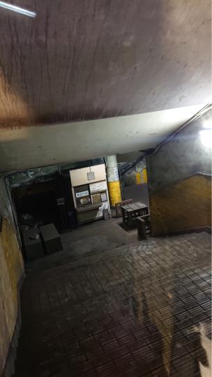 旧博物館動物園駅_e0001906_15070116.jpg